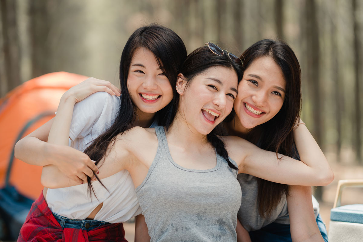 happy Chinese girls