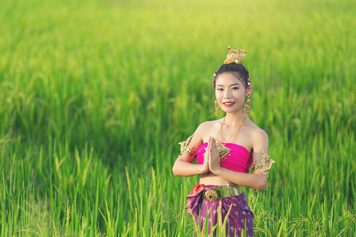 beautiful woman thai traditional outfit